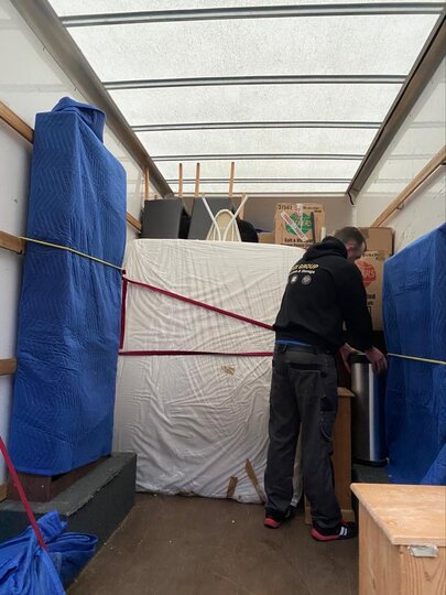 House Removals Surrey